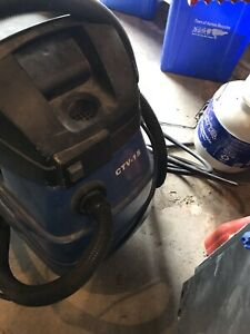 Vacuum dry and wet Clark heavy duty commercial