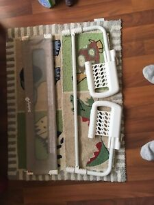 Baby wall for crib or small bed and carpet