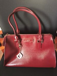 DKNY purse, Excellent condition