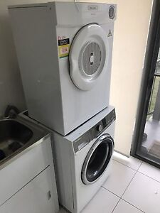 Washer and dryer Upper Coomera Gold Coast North Preview