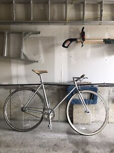 53cm Fuji Stroll Single Speed Road Bike
