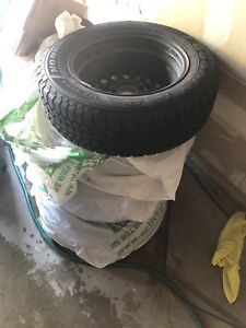 GOODYEAR NORDIC WINTER 195/65/15 GREAT CONDITION