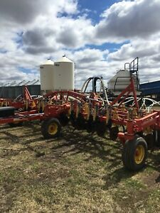 40 ft Bourgault 8810