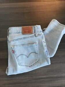 Levi 721 light wash jeans NWOT