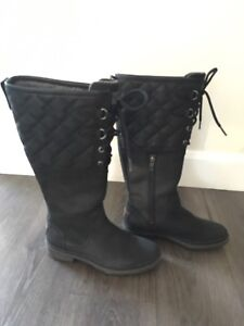 Brand new UGG boots size 6 black