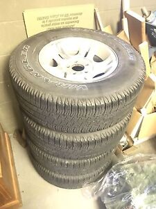 Rims tires and hubs off a ford ranger great shape
