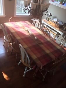 Pine Harvest Table with 8 chairs