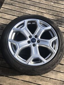 Set of 4 Ford wheels with Continental all season tires 235 45 19