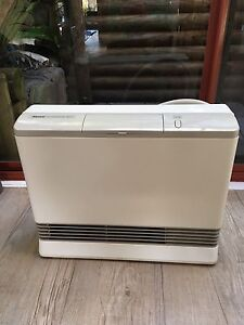 Rinnai Convector 417 Gas Heater Natural  Gas Heater Excellent Avalon Pittwater Area Preview