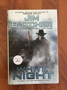 Jim Butchers, White Night. A novel from the Dresden Files