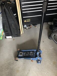 Car Jack (Certified 3-Ton)