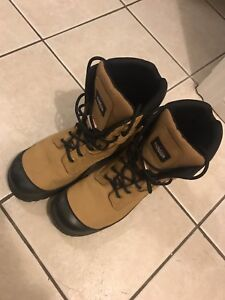 New Condition Men's work boots