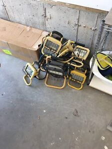 9 portable halogen work floodlights