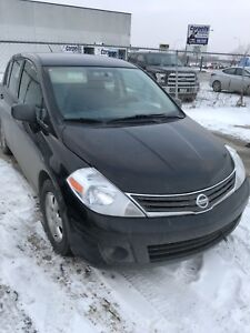 2011 Nissan Versa Low kms