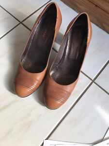 Women's  shoes size 37 miss sixty