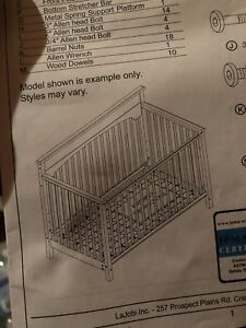 Graco crib and changing table with pad