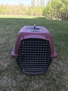 Small pet transport kennel