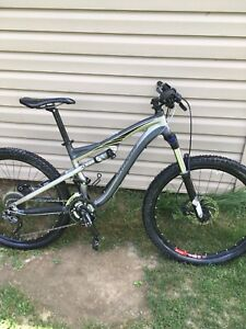 Mountain bike Specialized camber comp