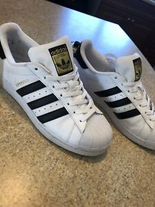 Adidas SuperStar Shoes 8.5