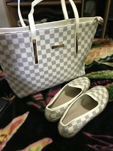 Replica LV purse with matching shoes size 7.5 new never worn
