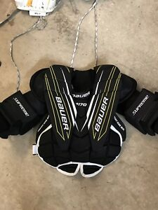 Jr Bauer Supreme S170 chest protector- size M