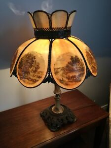Lampe de table antique