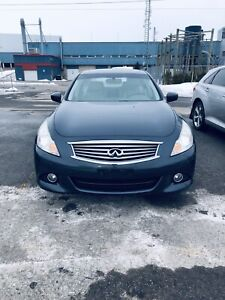 Infiniti g37x 2011 + 8 tires with mags + Low km + AWD