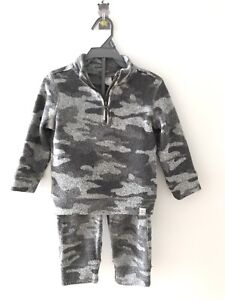 GAP 24M 2T boy clothes and matching pants