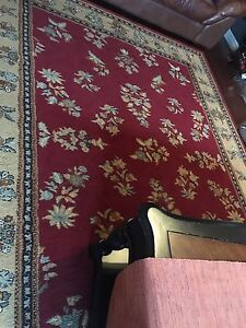 "Good used 7'11"" x 10'4"" polypropylene rug"