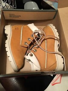 Timberland size 6toddler  boots