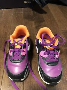 Girls Nike Air Max sneakers size 7 (toddler)