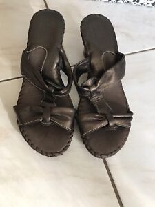 Woman's shoes new size 37