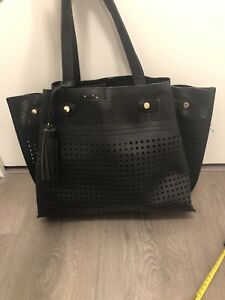 Black summer tote with insert