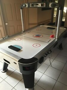StarCraft Air Hockey Game