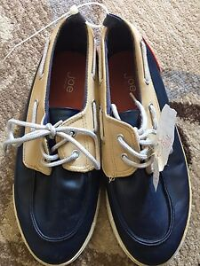 Men's Size 6 Joe Fresh Shoes