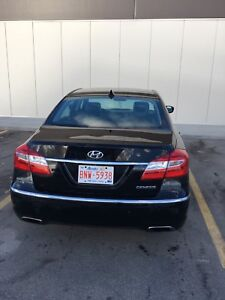 2012 HYUNDAI GENESIS SEDAN.PREMIUM.EXCELLENT COND.LOW KMS.$16500