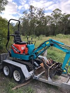 DIY Mini Diggers Qld. Micro and Mini Excavator From $175 p/d