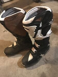 Thor dirtbike boots