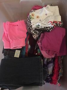 Large lot of girls 3t clothes.