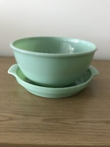 """Jadeite 3.5 L (10"""") mixing bowl and 25 cm (10"""") pie plate SET"""