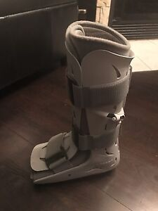 Orthopaedic foot brace - Attelle orthopedique