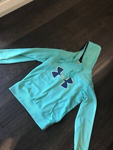 Under armour women's medium hoodie
