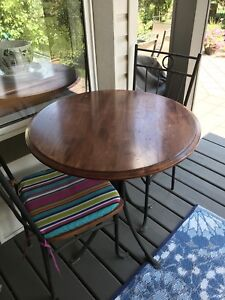 Bistro Table/Small Outdoor Table