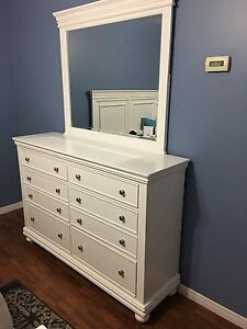 Beautiful white dresser with mirror