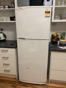 Whirlpool fridge/ freeze. Just needs new fan.