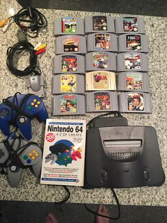 Nintendo 64 15 Games 2 controllers