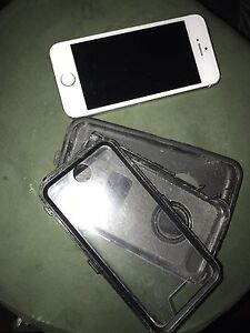iPhone 5S excellent condition.