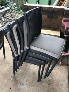 6 chocolate brown wicker outdoor chairs