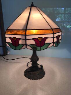 Lead light table lamp