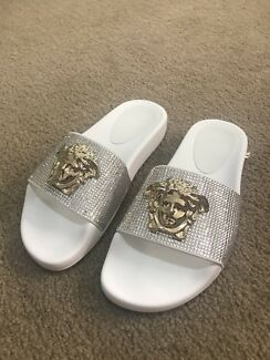 BRAND NEW CRYSTAL VERSACE SLIDES LIMITED EDITION